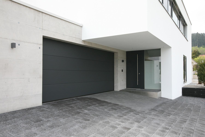 einfamilienhaus neubau mit garage. Black Bedroom Furniture Sets. Home Design Ideas
